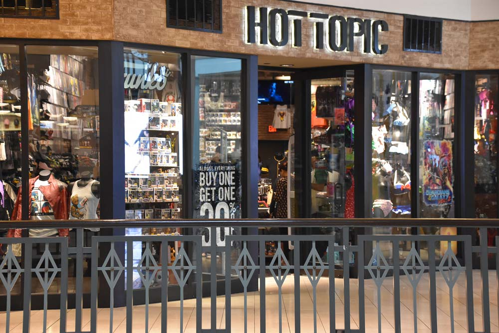 hot topic store near me