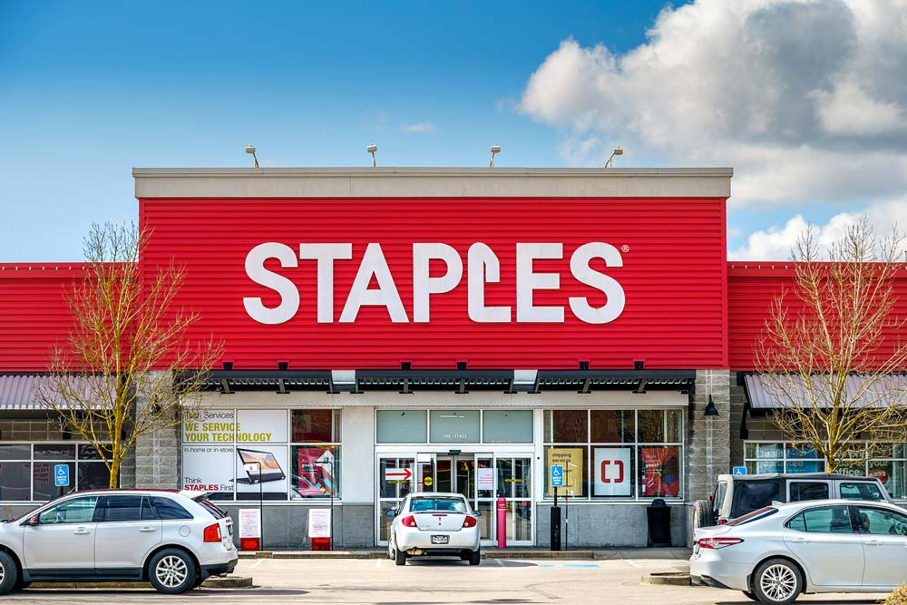staples store near me